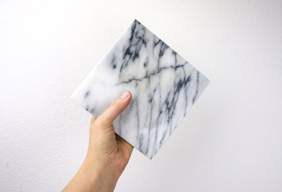 Marble Small Block : Vintage small footed square marble block white and gray