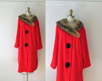 vintage 1960s coat / fur collar coat / Red Pepper