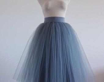Puffy Tulle skirt.Gray Tulle skirt. Woman tulle skirt. Tea length tulle skirt. Tutu skirt adult.