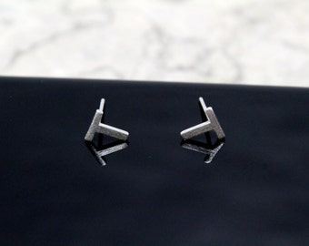 Sterling Silver 925 Initial Stud Earrings Small Letter T Stud Earrings Letter Earrings, Alphabet Earrings