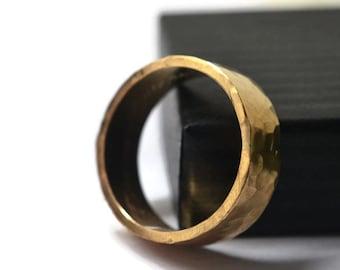 Gold Wedding Band, Rugged 14K Gold Ring, Engraved Gold Band, Personalized Mens Wedding Ring, Custom Engraving