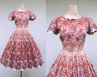 Vintage 1960s Dress / 60s Cotton Floral Pleated Rockabilly Party Dress Full Skirt / Small