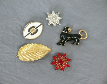 Lot 5 Vintage 60s Brooches Pins Leafs Stars Panther Gold Red White Black Jewelry