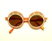 vintage mod sunglasses Italian eyelash round sunglasses orange white plastic Italy 60s 1960 Twiggy oversize vintage eyewear