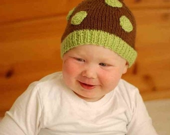 Newborn photo prop, brown newborn/ baby hat with green dots, photography props, newborn hat, newborn knit hat, newborn, baby knit hat, baby