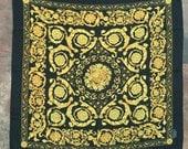 100 % silk vintage square scarf 34 x 35