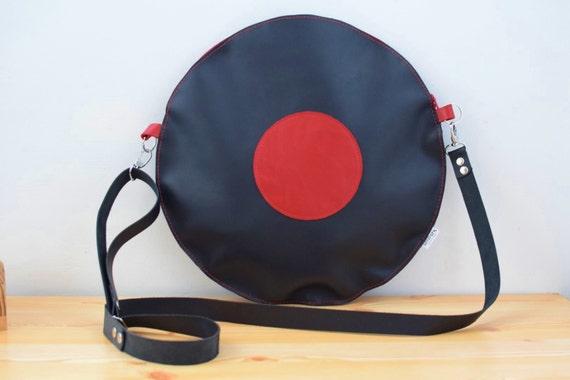 Leather bag,black purse,music bag,black leather purse,black leather bag,vinyl disc bag,circle bag,musical bag,music purse,disc shape,vinyl