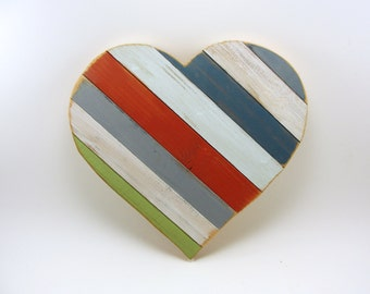wood heart painted upcycled love valentine wall hanging