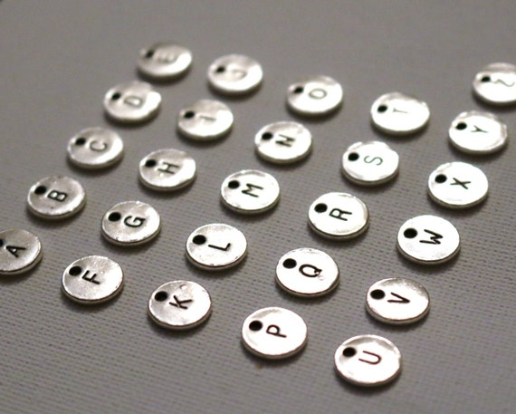 Letter stamped circle full alphabet tags silver charms x26 for Circle letter beads