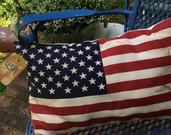 USA Primitive Flag Pillow Shelf Sitter