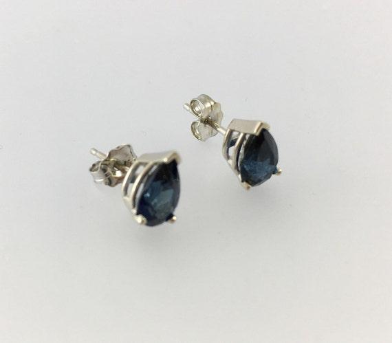 Blue Sapphire Stud Earrings - 14k White Gold