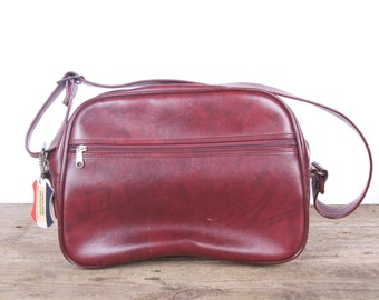 Vintage Maroon Shoulder Bag / Vintage American Tourister Tote Bag / Red Bag / Bags and Purses / Vintage Faux Leather Bag / Suitcases Luggage