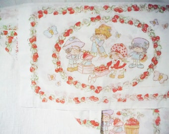 Strawberry Shortcake twin flat and sheet pillowcase shabby faded sweet strawberries vintage 1980's cottage retro kids bedroom