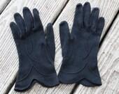 Beautiful, Elegant Black Vintage Gloves