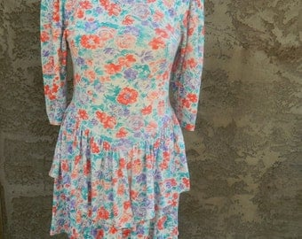 Vintage 1980s Floral Dress from Britland / Long Sleeve Peplum  Dress / 80s Skater Dress Size Small to Medium