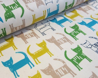 SALE | Kawaii Japanese cat fabric in oxford cotton by Hokkoh - 1/2 YD