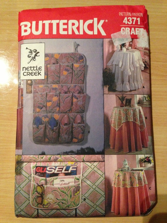 Butterick 4371 Sewing Pattern 80s UNCUT Tablecloths and Accessories