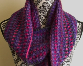 Crochet Infinity Scarf in Pink and Purple