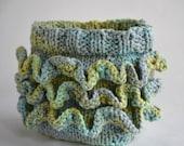 Ruffle Bumpkin (diaper cover/ soaker) knitting pattern