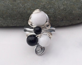 Tuxedo / Sterling Silver Ring / Gem Stone Ring / Wire Wrapped Ring / Ethnic / Turkish Ring / White Jade / Onyx Ring / SR1B09