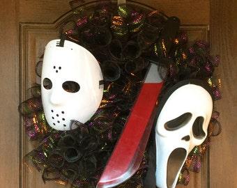 SALE. Halloween Mask Wreath, Halloween decor, Fall Decor