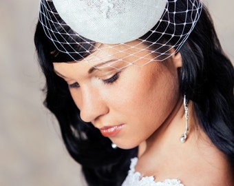 White Bridal Pillbox Hat with Birdcage Veil - White Bridal Fascinator - White Wedding Hat