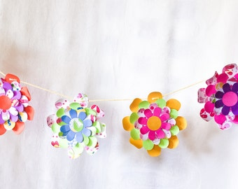 8 ft Flower Garland - bright flowers - Dimensional paper flowers - Wedding decor - Birthday Party decoration - colorful room decor