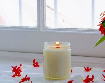 Soy Candle: Honeysuckle Botanical, Scented FRESHWAX, Essential Oils  Fragrance Oils Candle, Floral Candle