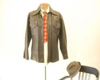 1970s Mens Brown Leather Look Vegan Vinyl Jacket Disco Era Chocolate Brown Vintage Western Style Pleather Coat by Aventura - Size MEDIUM