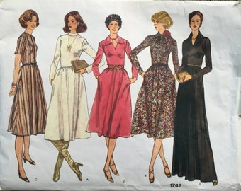 70's Vogue 1742 Basic Design Pattern Misses' High Waisted Dress and Shawl Size 12 Bust 34
