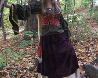 Woman's Gypsy Vagabond Medieval Halloween Costume Satin/Velvet/Brocade/Cotton Jewelled 5 Pieces