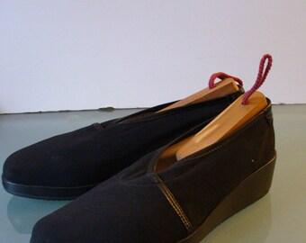 Taryn Rose Made in Italy Wedge Heeled Slipons Size 37.5M