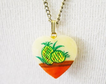 Pineapple Necklace/Shell Heart Necklace/Tropical Necklace / Vintage Necklace/Boho Necklace/ Heart Pendant Necklace