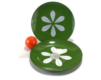 New Condition Vintage Catherineholm Lotus Plate * Green Enamel