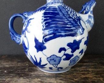Sale Asian Blue & White Dragon Teapot