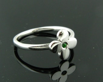 Tsavorite and Sterling Silver Ring Size 7