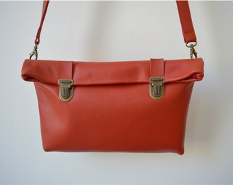 Leather Crossbody Purse/ Leather Purse/ Leather Clutch/ Woman/Present/ Crossbody purse/ Long strap/ Leather Red Crossbody/ Shoulder Purse