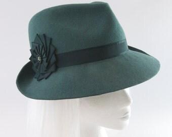 Green Fedora. Bottle Green Fur Felt Hat w/ Vintage Silk Ribbon Cockade. Ladies' Couture Millinery. Emerald Felt Womens Fedora Hat for Women.