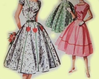 Vintage McCalls :3565 50's Pretty Square Neckline Fitted Bodice Full Skirt with Applique Party Summer One Piece Dress Sewing Pattern
