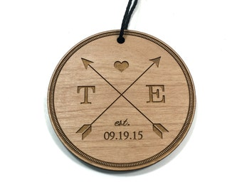 Wedding Christmas Ornament / Custom Engraved / Personalized / Newlywed Couple / Arrow Design