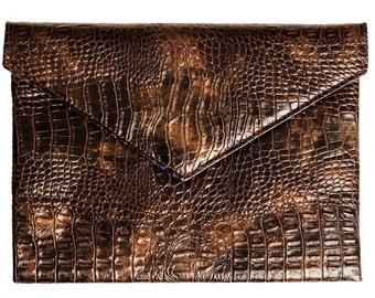 Womens Snake Skin Purse, Clutch Bag, Wedding Purse, Classic Bag, Elegant Bag, Bridal Party Bag, Stylish Brown Purse