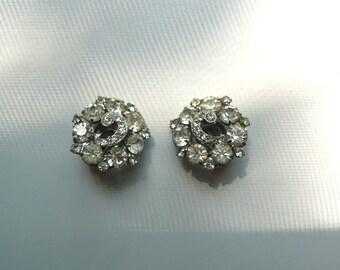 Vintage Weiss Clear Rhinestone Cluster Earrings | clip on