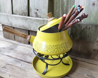 Vintage Yellow/Gold Fondue Pot with Skewers  Yellow Fondue Set- Pot, lid and 11 forks/Skewers Retro Kitchen