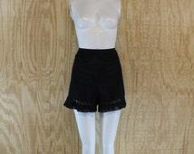 Vintage 1950's Lingerie VANITY FAIR Black Nylon Chiffon Ruffle Tap Pants Panties S/M