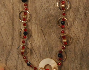 Pearl and Shell Glass Bead Strand Necklace