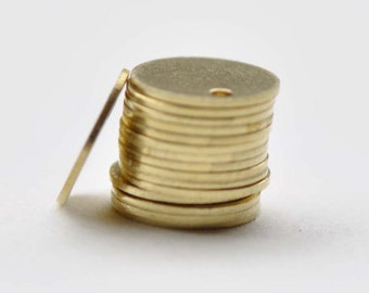 100 pcs of Raw Brass Flat Round Blank Disc Thick Charms 8mm A8560