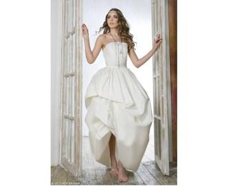 A line Wedding Dress classic wedding dress bohemian wedding dress alternative wedding dress Romantic wedding dress ethereal wedding| Blossom