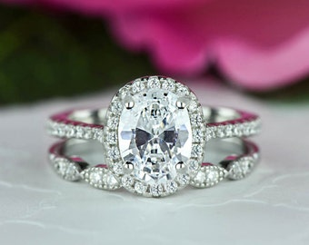 1.5 ctw Oval Halo Wedding Set, Vintage Style Bridal Rings, Man Made Diamond Simulants, Art Deco Ring, Halo Engagement Ring, Sterling Silver