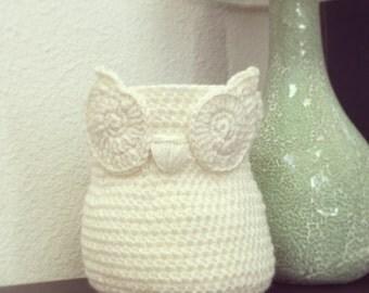 Small Chic handmade crochet Owl Basket, Home Decor Owl Basket, Ivory Cream crochet owl basket, Owl Nursery decor, Crochet storage bin
