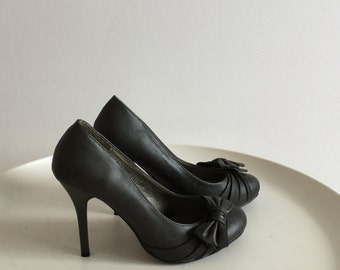 Black High Heels with a bow/ Woman s Heels Size 37 EU